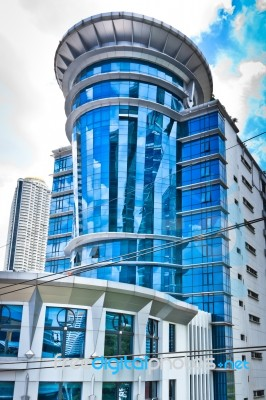 Image gallery modern business building for Modern business buildings