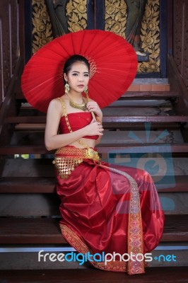 04cbd59f1 Thai Woman In Traditional Costume Stock Photo - Royalty Free Image ...