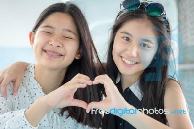 Teens love thai teen girls photos teen boy