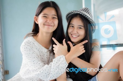 Are thai teen girls vs phrase