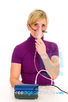how to use a nebulizer mask